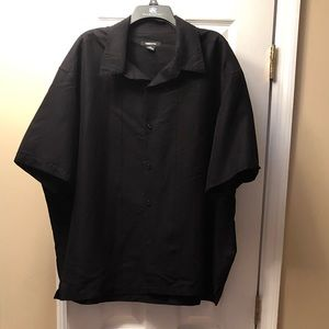 Excellent Condition! Men's short sleeve shirt